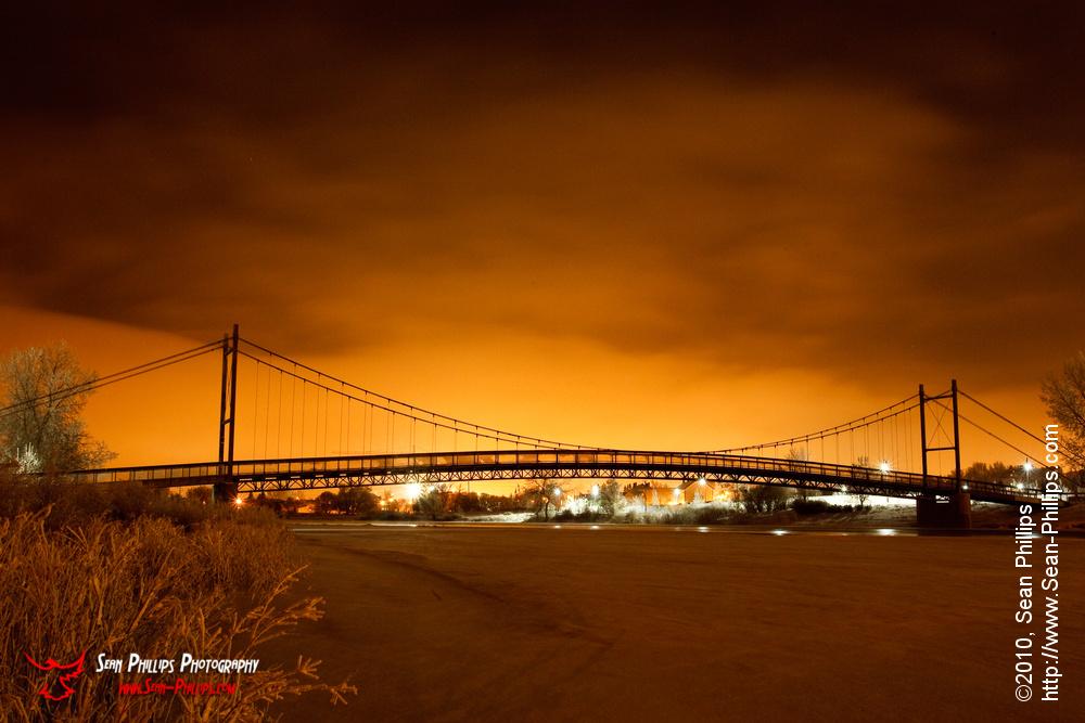 The GC King Pedestrian Bridge at Centenary Park at Night